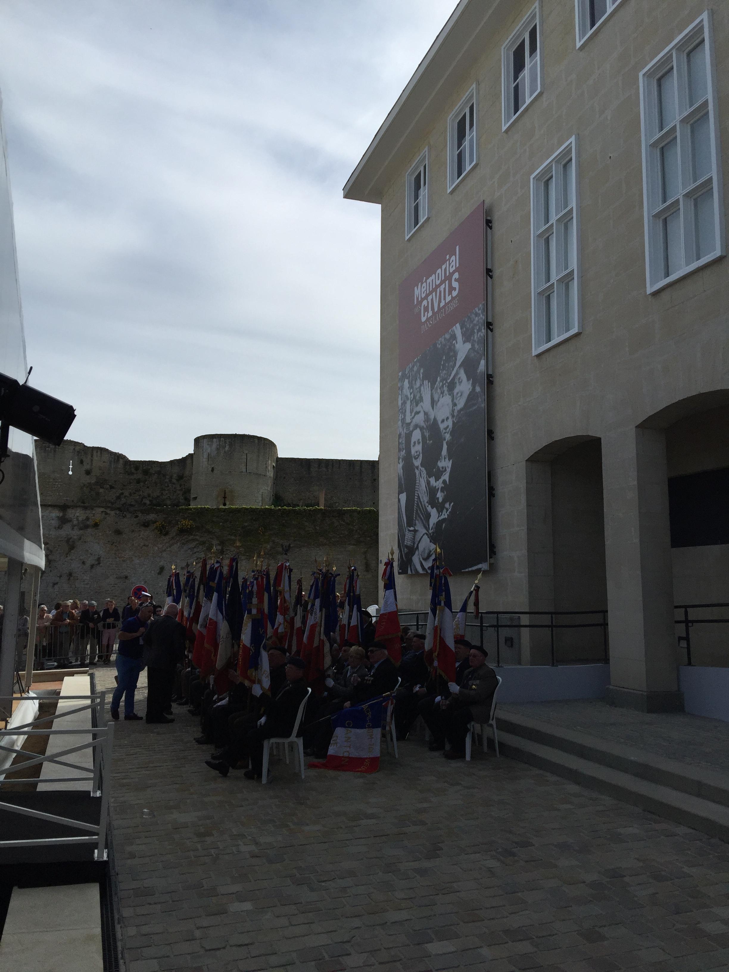 2016-05-08_memorial-civils-falaise-inauguration (2)